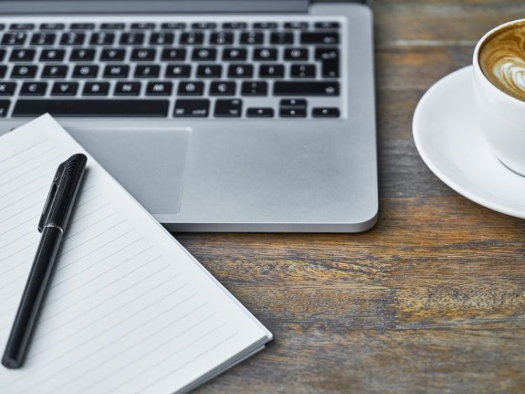 Co wyróżnia długopisy od innych gadżetów reklamowych?
